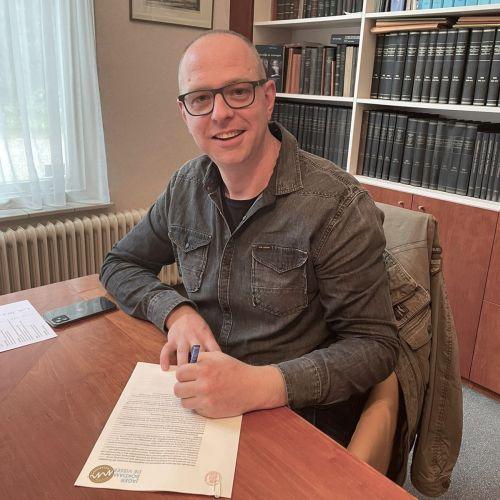 Tekenmoment bedrijfshypotheek met Maurice van Vessum